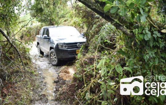 Sonsón: alerta por las fuertes lluvias, 6 derrumbes bloquean el acceso a varias veredas.