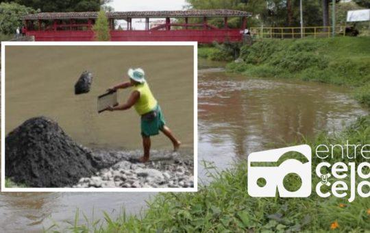 24 areneros del río Negro fueron oficializados para realizar la actividad de Minería de Subsistencia