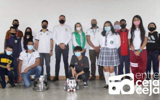 100 estudiantes del municipio de Guarne recibirán kits de robótica.